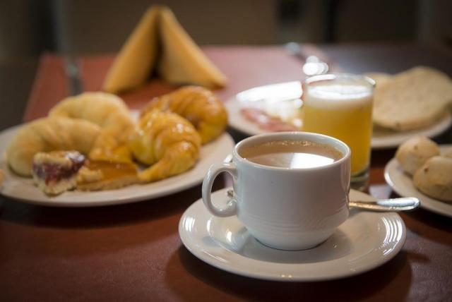 GRAND CRUCERO Hotel – Desayuno