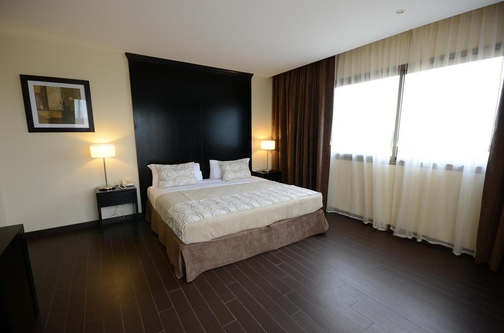 GRAND CRUCERO Hotel- Habitación