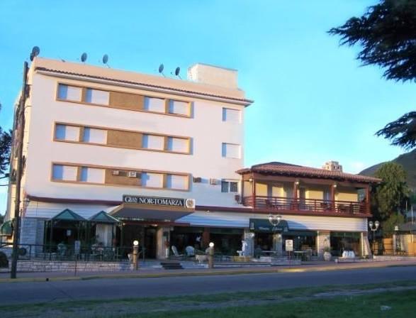 HOTEL NOR TOMARZA Frente