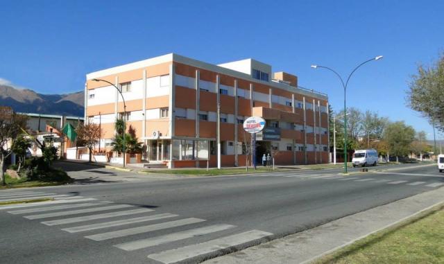 HOTEL TEHUEL Frente