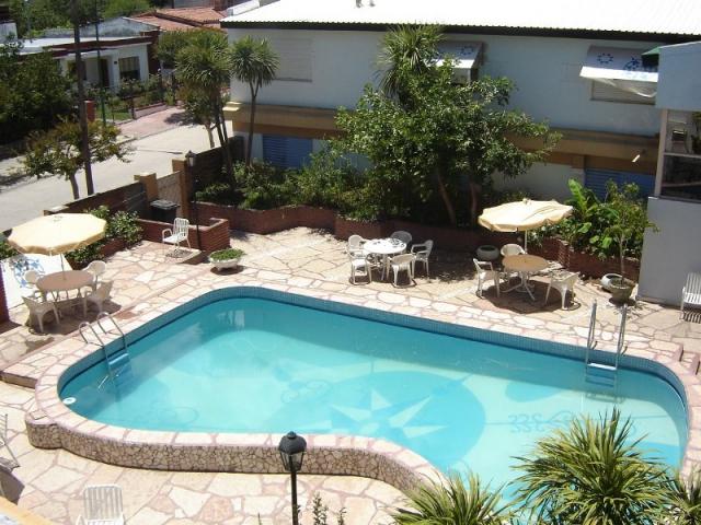 HOTEL TEHUEL Piscina foto 2